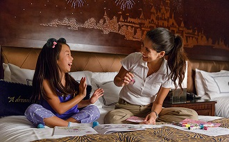 SAVE 25% ON SELECT STAYS AT DISNEYLAND RESORT HOTEL WITH THIS MAGICAL OFFER!